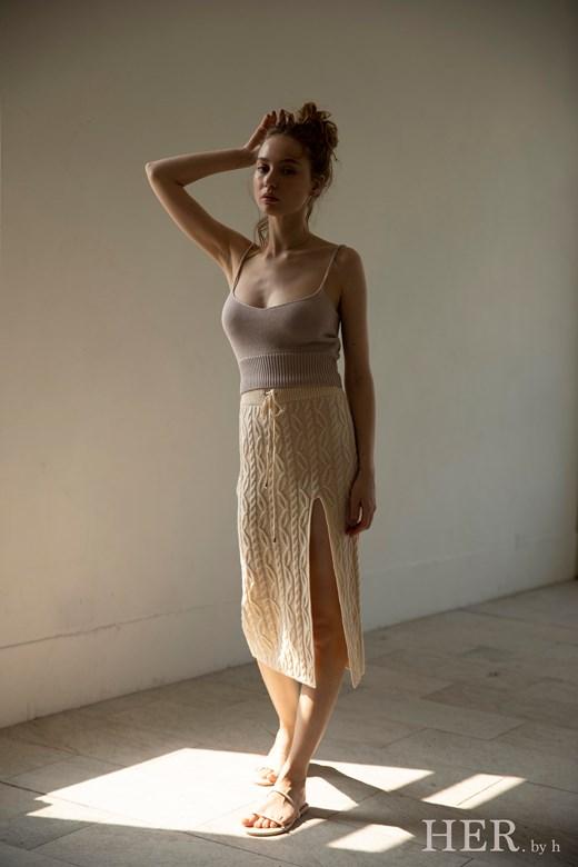 Knitted Skirt 針織開衩裙