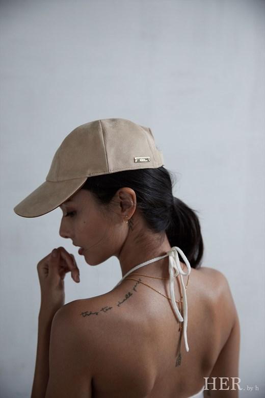 HER Cap