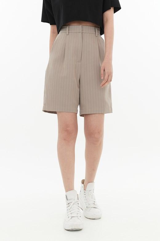 歐美細直條俐落五分褲