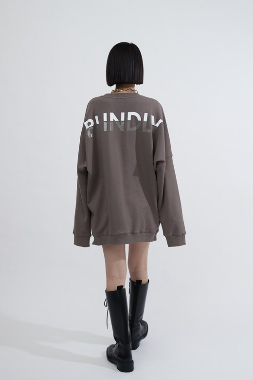 BLINDLY長版大學踢(UNISEX)