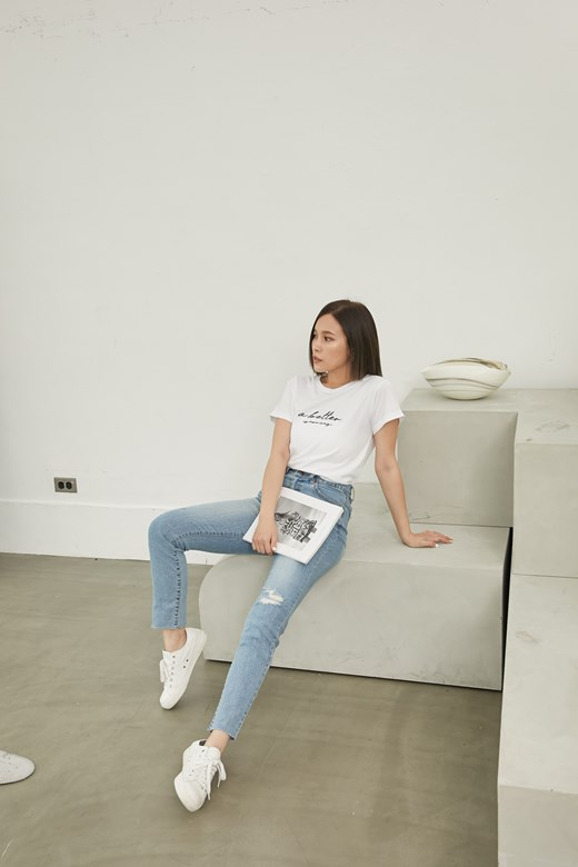 韓國顯瘦破損修身牛仔褲