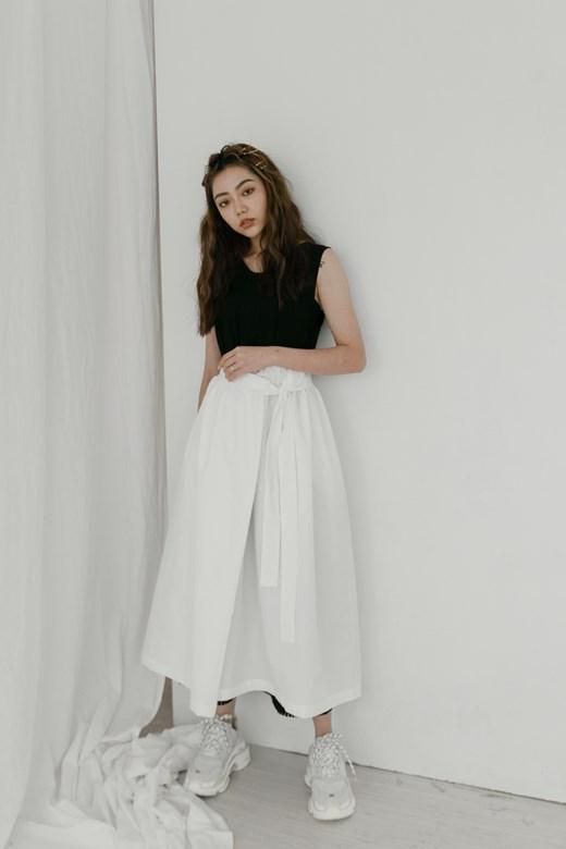綁結鬆緊帶長裙